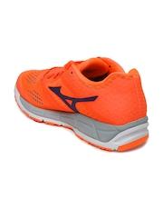 Mizuno Women Orange Synchro Running Shoes