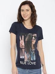Lee Women Navy Blue Printed Round Neck T-shirt