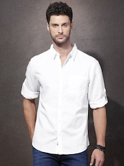 Roadster Men White Regular Fit Solid Casual Shirt