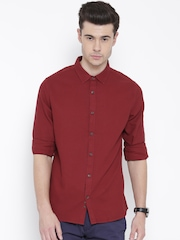 United Colors of Benetton Men Maroon Casual Shirt