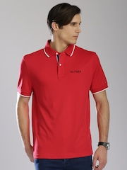 Tommy Hilfiger Men Red Solid Classic Fit Polo T-shirt