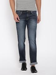 Wrangler Men Blue Low-Rise Clean Look Jeans