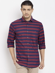 Wills Lifestyle Men Navy Slim Fit Striped Casual Shirt