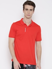 Reebok Men Red WOR Solid Polo Collar T-shirt