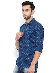 WITH Men Blue Slim Fit Printed Casual Shirt
