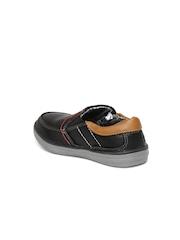 Boltio Boys Black Slip-On Sneakers