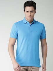 Tommy Hilfiger Men Blue Solid Custom Fit Polo Collar T-shirt