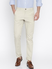 SCULLERS Men Beige Solid Slim Fit Flat-Front Trousers