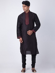 Sanwara Black Embroidered Kurta Pyjama