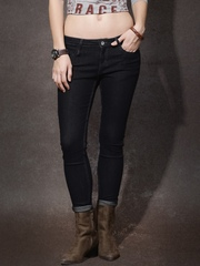 Roadster Black Skinny Fit Mid-Rise Clean Look Jeans