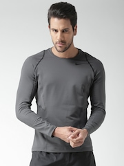 Nike Men Charcoal Grey AS NP LS Solid Fitted Round Neck T-Shirt