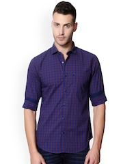 Peter England Men Blue & Red Checked Slim Fit Casual Shirt