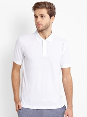 Reebok Men White Solid Polo Collar Training T-shirt