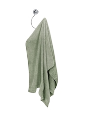 Spread Olive Green Bamboo Yarn 360 GSM Bath Towel