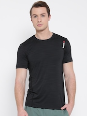 Reebok Men Black OS ACTIVChill SS Solid Slim Round Neck Training T-shirt