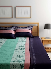 SPACES Green & Navy Cotton 144 TC Double Bedsheet with 2 Pillow Covers