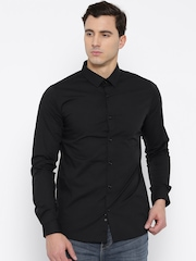 United Colors of Benetton Men Black Slim Solid Casual Shirt