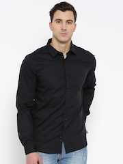 United Colors of Benetton Men Black Solid Casual Shirt