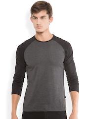 HIGHLANDER Men Charcoal Grey Slim Fit Solid Round Neck T-shirt