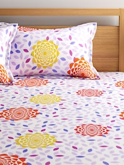BOMBAY DYEING Off-White Printed Double Bedsheet with 2 Pillow Covers