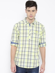 SPYKAR Men Lime Green & Black Checked Casual Shirt