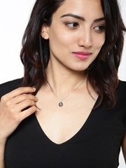 DressBerry 916 Sterling Silver Necklace