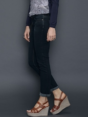 SELA Navy Washed Skinny Jeans
