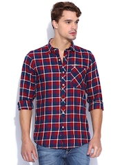 TWILLS Red & Navy Checked Slim Fit Casual Shirt
