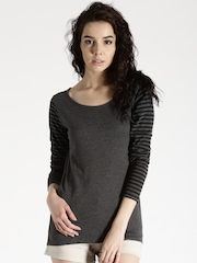Roadster Charcoal Grey Melange T-shirt