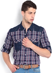 Roadster Men Maroon & Navy Checked Slim Fit Casual Shirt