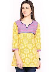 Rangriti Women Yellow & White Printed Kurti