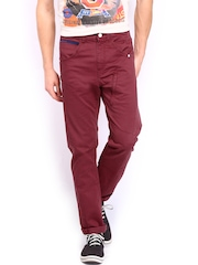 Lee Men Maroon Custom Fit Trousers