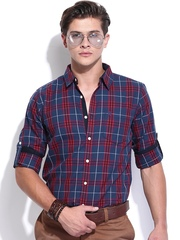 Roadster Men Navy & Red Checked Shelby Slim Fit Casual Shirt
