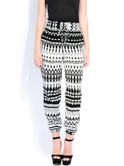 DressBerry Women Off-White & Black Printed Palazzo Trousers