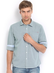 Pepe Jeans Men White & Green Checked Semi Fit Casual Shirt