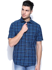 Scullers Men Blue Checked Slim Fit Smart-Casual Shirt