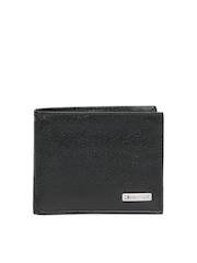 Tommy Hilfiger Men Black Leather Wallet