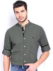 Roadster Men Black & Olive Green Checked Casual Shirt