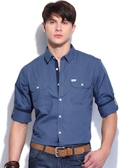 Roadster Men Blue Sutil Solid Shelby Slim Fit Casual Shirt