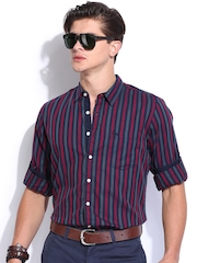 Roadster Men Navy & Red Striped Slim Fit Casual Shirt