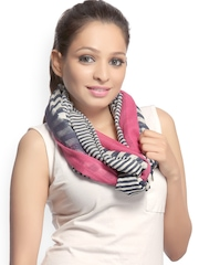 CoolThreads Women Multicoloured Striped Scarf