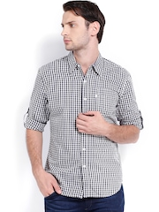 Levis Men Navy & White Checked Slim Fit Casual Shirt