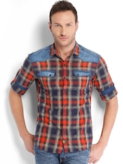 Locomotive Men Blue & Coral Red Checked Slim Fit Casual Shirt