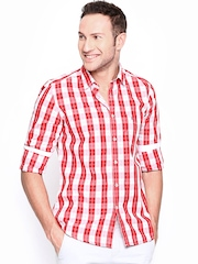 Parx Men White & Red Checked Casual Shirt