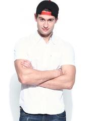 Levis Men White Slim Fit Casual Shirt