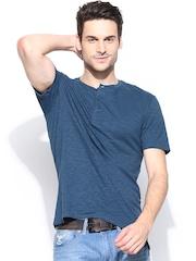 Levis Men Blue Henley T-shirt