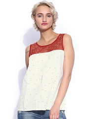 Shibori Women White & Red Star Print Pleated Top