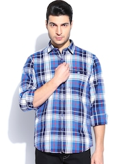 Scapes by TWILLS Men Blue & White Checked Slim Fit Casual Shirt