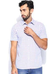 Wrangler Men Blue & White Checked Casual Shirt