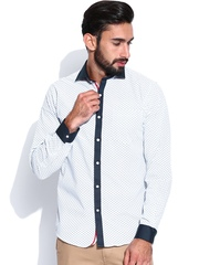 Black Coffee Men White Printed Slim Fit Casual Shirt